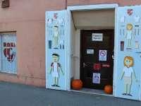 Ismerd meg a Hacuka a jótett-hely használtruha üzletet, ahol bárki adományozhat és vásárolhat!