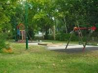Lugas utcai játszótér I.