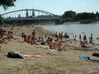 11 természetes fürdőhely Szegeden és a megyében: akár ingyen is strandolhatunk